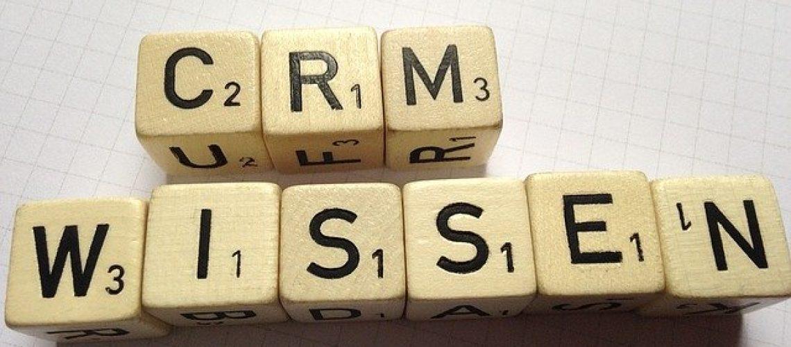 מהי מערכת follow-up CRM